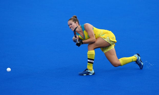 Hockeyroos uncertainty prevails with no way back in sight for excluded duo